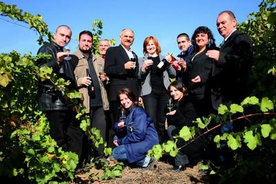 Equipe vignerons Chateau Burgozone Bulgarie Danube